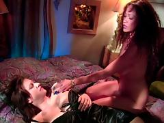 Lesbian Girls Orgasm Together Thanks to 69 and Scissoring porn video