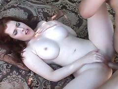 Milf gets pussy shaved before sex