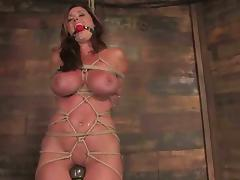 Christina Carter loves bondage primarily their way making together with a plaything in their way vag porn video