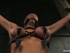 Princess Donna Dolore enjoys a hot torture close by fabulous BDSM clip