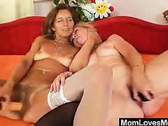 Woolly milf gets toyed by muddied blond-haired old lady