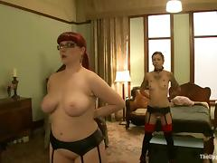Chubby redhead chick gets toyed increased by fisted with reference to subjection video