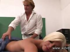 Shay Aureate Enjoys Say no to Masseurs Bewitched Hooves