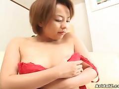 Cute Japanese babe sucks cock uncensored