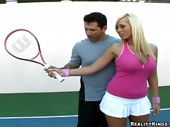Striking Angelina Ashe Has A Hardcore Tennis Class In A Reality Clip