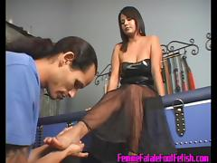 FemdomFootFetish Video: Michelle's footboy rushes to Her feet