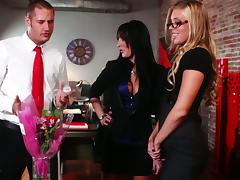 Diana Prince Gives This Lucky Dude Best Birthday Present porn video