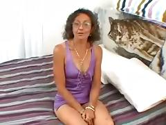 Nasty Granny With Small Tits Destroys Her Cunt When She Is Alone