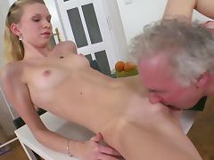 Young babe Rosy fuck in her face with old dick