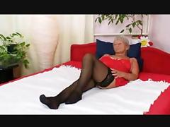 Blonde Granny R20