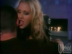 Gorgeous Blonde Julia Ann Gets Banged Hard And Swallow Sperm porn video