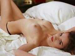 Tasty Roos Van Montfort Shows Her Beauty In A Solo Model Video