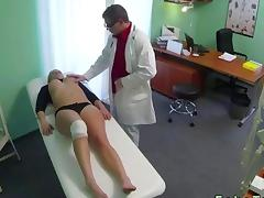 Wounded knee blonde fucked by her doctor