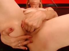 Finger in ass, fist in pussy on this Milf