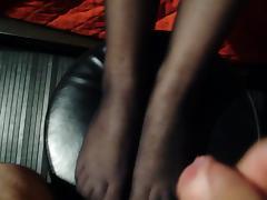 tanta sborra sui miei piedini