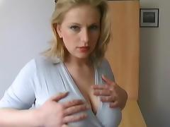Busty blonde got a nice facial