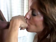 Bigtit mommy tugging and sucking dick