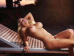 Yummy Suzanne Stokes Touches Herself In A Solo Model Video