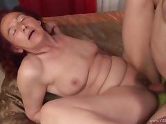 Mature Amateur Babe Gets Cum On Her Big Juicy Tits