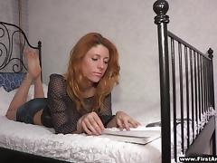 Dark Haired Woman Gets Her Pussy Licked Instead Of Reading
