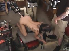Tattooed Juliette Black gets her pussy banged by a fucking machine