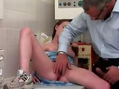 Young girl ass fucked in kitchen by older man (Camaster)