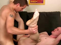 Jesse Idol and Isaac Conn get naked and fuck
