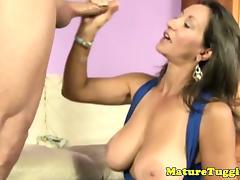 Bigboobs cougar milf wanking cock