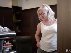 Amazing rear banging action with salacious blonde Vicktoria Redd