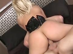 Georgia Peach wearing a corset blows and gets properly fucked